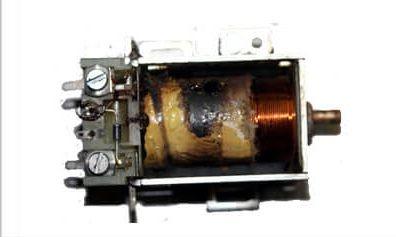 ตัวอย่างคอยล์ไฟฟ้าไหม้ สาเหตุเกิดจากความร้อน หรือกระแสไฟฟ้ากระชาก